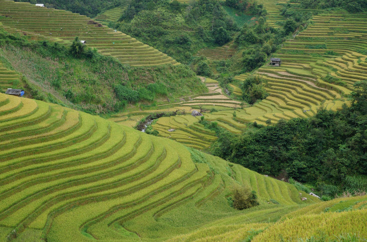 Cycling north Vietnam on the slow road 279