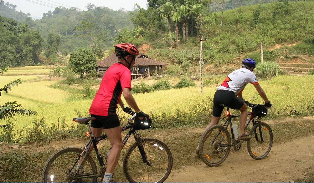 Cycling northwest Vietnam - BaBe national park to BacMe of HaGiang