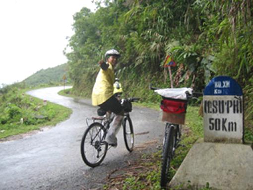 Climb up heaven gates to Hoang Su Phi